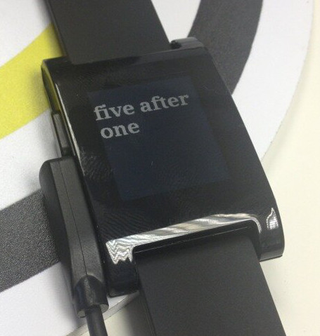 The pebble in Watch mode.